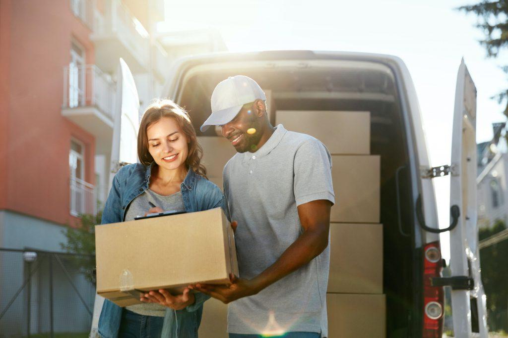 consegna pacco domicilio spedirecomodo
